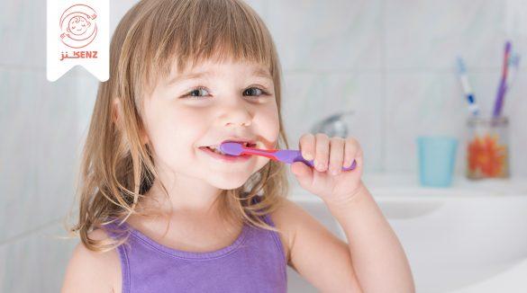 فرشاة أسنان الاطفال